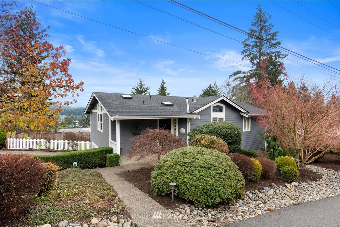 "Grab your list of ""Must Haves"" and start checking boxes as this idyllic charmer has them covered!  Easily walkable (just 3 blocks) to downtown Gig shops & restaurants PLUS a sweet little view of the Harbor from each of the principle rooms.  If that alone doesn't have you sold, keep reading... Main floor master + office, level entry (no stairs), just the right size, 100% move in ready, spacious corner lot w/ fabulous landscaping, fully fenced, terrific firepit ""patio"", & NO highway noise! WOW!"