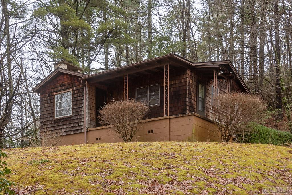 6593 Hwy 107S, Cashiers, NC 28717