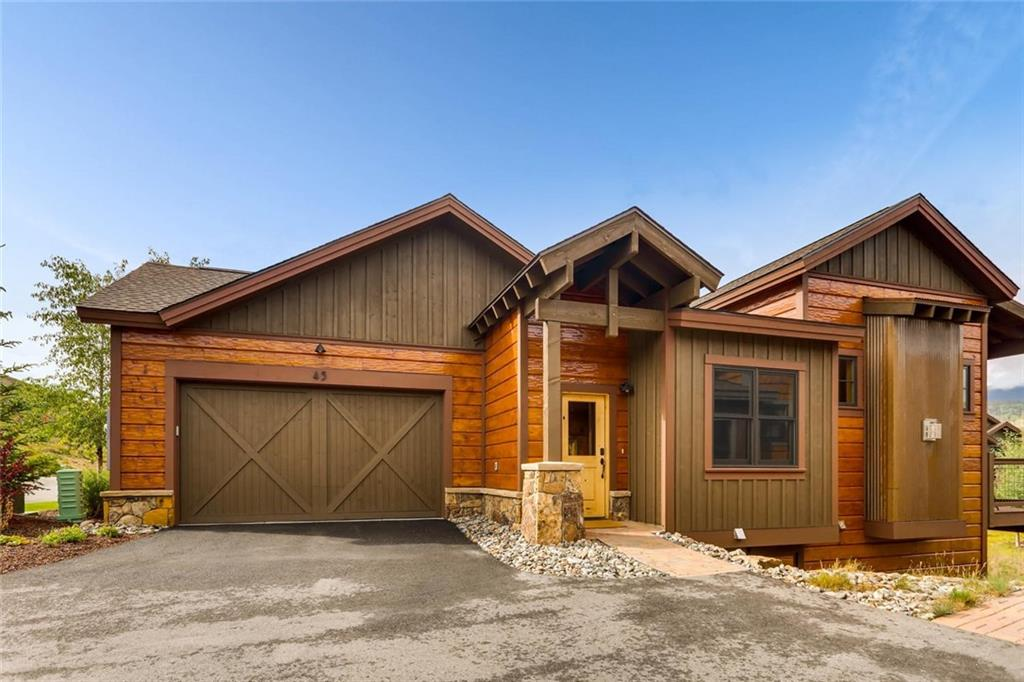 Don't miss this beautiful home in Angler Mtn Ranch! Back on the market post-holidays. Main level master; granite/stainless/alder kitchen. Gore Range views; big deck, 2nd living w/Murphy; Yacht Club w/boat storage avail, stocked pond, miles of hiking right outside the door. HOA dues cover ext maint/ins. Smart upgrades: active radon fan; patio fence; epoxy floor, new paint in garage; bike, ski, & kayak racks; Z-wave locks and thermostats w/remote ops; down/up shades in bedrooms; new Roku TV's.