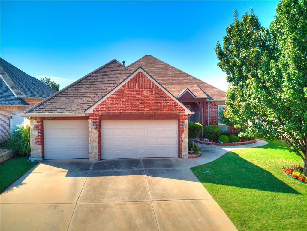 Very clean, well-maintained home in Fenwick Gardens! Open and spacious, this home is laid out for entertaining guests with room to move about. HOA is two-fold; one for Garden Village, with it's gated entry, common area maintenance, and the other for Fenwick, providing parks, playgrounds, ponds, walking trails, and a pool.