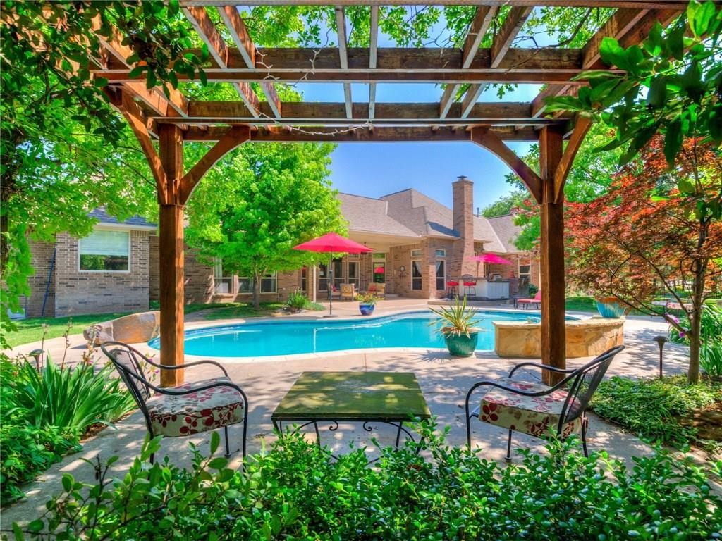 Embrace luxury living offered by this gorgeous property in River Oaks Golf Community.  Lounge by the pool, party around the outdoor kitchen and fireplace, join the golf club and hit the links, or just enjoy the peace and quiet.  This one-owner, custom home sits on a one acre, corner lot in the highly desirable Oakdale School System. Commutes will be a breeze with easy access to I-35 and the turnpikes. You'll find all the high-end features you expect—granite, soaring ceilings, updated kitchen, bonus room, etc.—plus, a gorgeous study with curved bookcase and built-ins, beautiful outdoor living with fireplace, pool, kitchen, generator that covers all important functions of the home, dog washing station in the utility room, built-in storm shelter/safe room within the home, and unique architectural details. The bonus room has a full bath, so, it could be an additional bedroom. Preview and fall in love with this gem through Matterport at https://my.matterport.com/show/?m=paKrEU8rgnz&mls=1.
