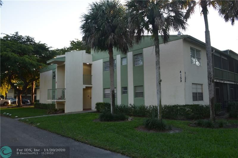 DONT MISS THE VIRTUAL 3D, Link ABOVE Great Unit on a Great Location, NEW Stainless Steel Appliances, New WASHER AND DRYER inside the unit, New Laminate floors, ready to move in and give your own updates. Low Association, near local shops, Coral Springs Malls and fine dining. Association requires minimum credit score of 620