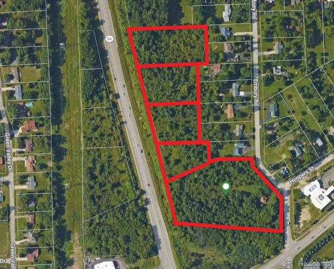 10 (+\-) Acres. High traffic count, great demographics, Dort and Grand Banc Rd. Zoned general commercial. Bring your retail, office, or restaurant