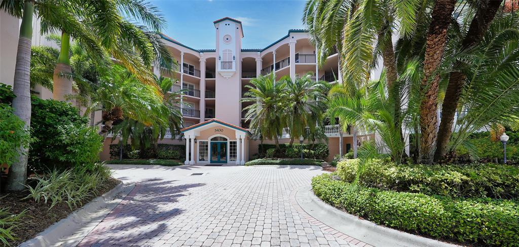 5430 Eagles Point Circle 103, Sarasota, FL 34231