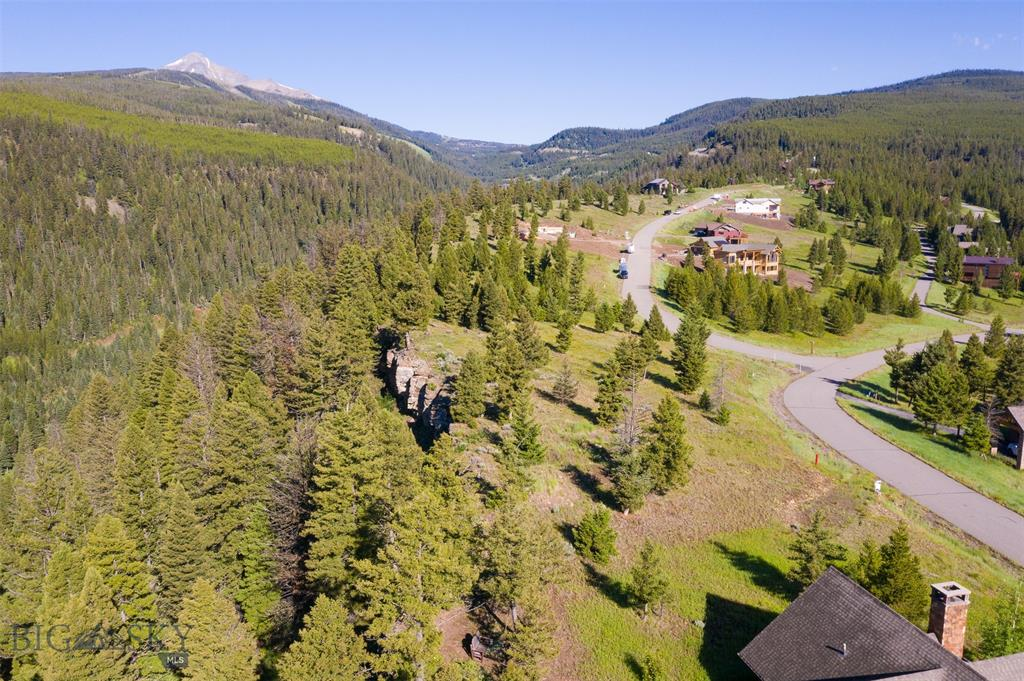 This is one of the nicest lots within the Antler Ridge Subdivision.  The lot offers wonderful panoramic views, with a gentle sloping build site. Being conveniently located mid-mountain, it is a short distance to the Big Sky ski slopes or the Big Sky Town Center amenities.