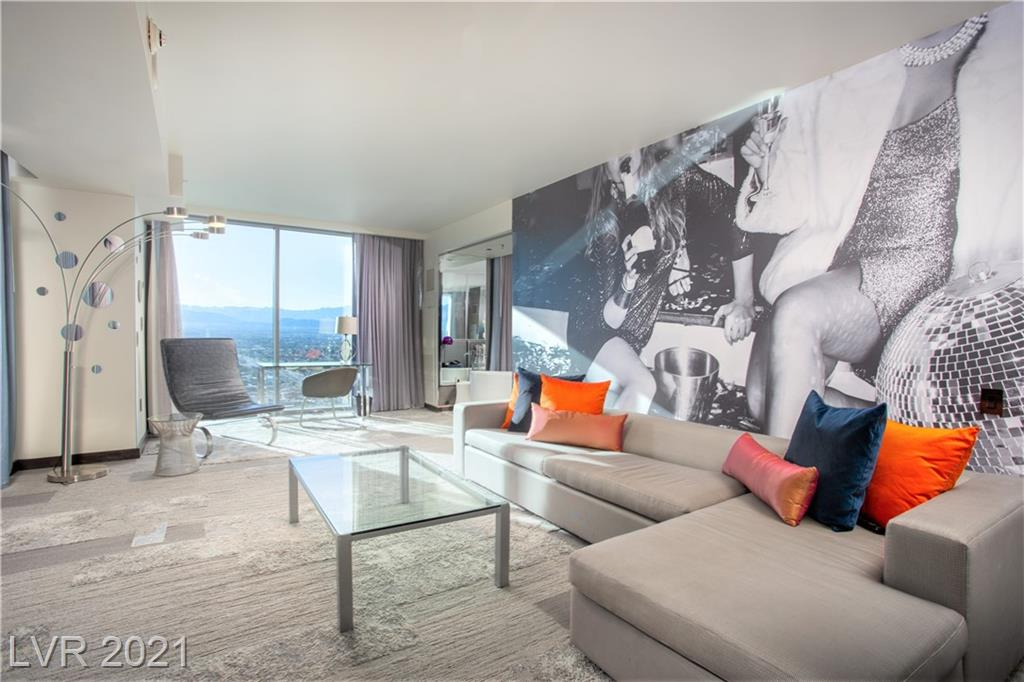 *** RARE CORNER STUDIO ** * ONE OF THE LARGEST STUDIOS IN VEER / SOUTH STRIP AND T MOBILE AREA VIEWS / GOREOUS KEPT UNIT ALL APPLINACES AND FURNITURE INCLUDED / CITY CENTER LUXURY LIVING AT ITS FINEST / UTILITIES INCLUDED IN HOA DUES / SECURE HIGH RISE LIVING ***