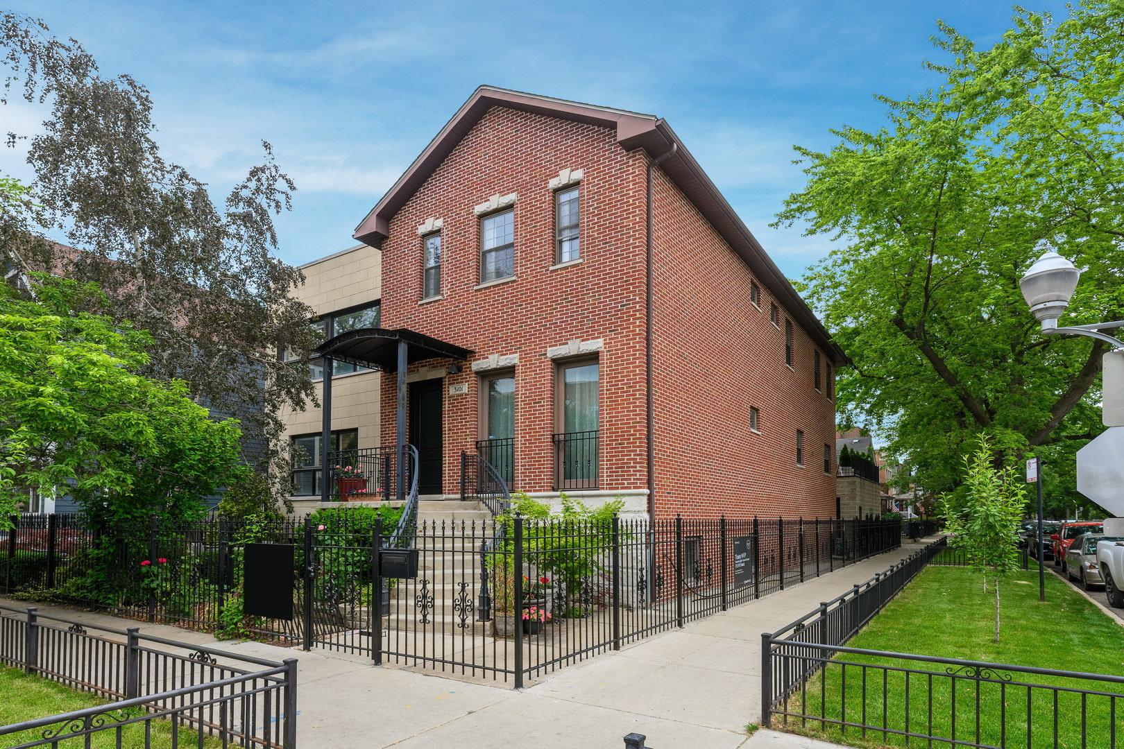3101 N Hoyne Avenue, Chicago, IL 60618