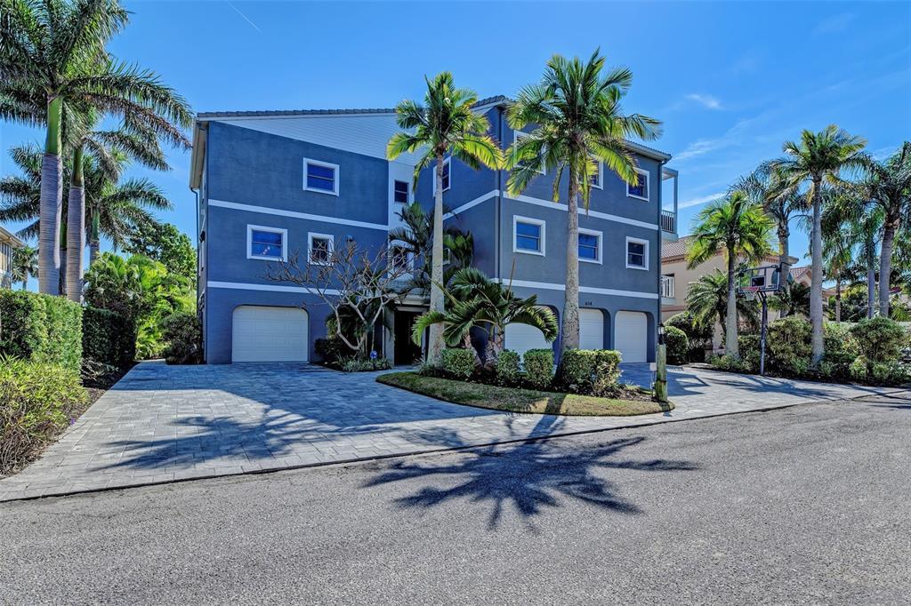 614 Norton Street, Longboat Key, FL 34228