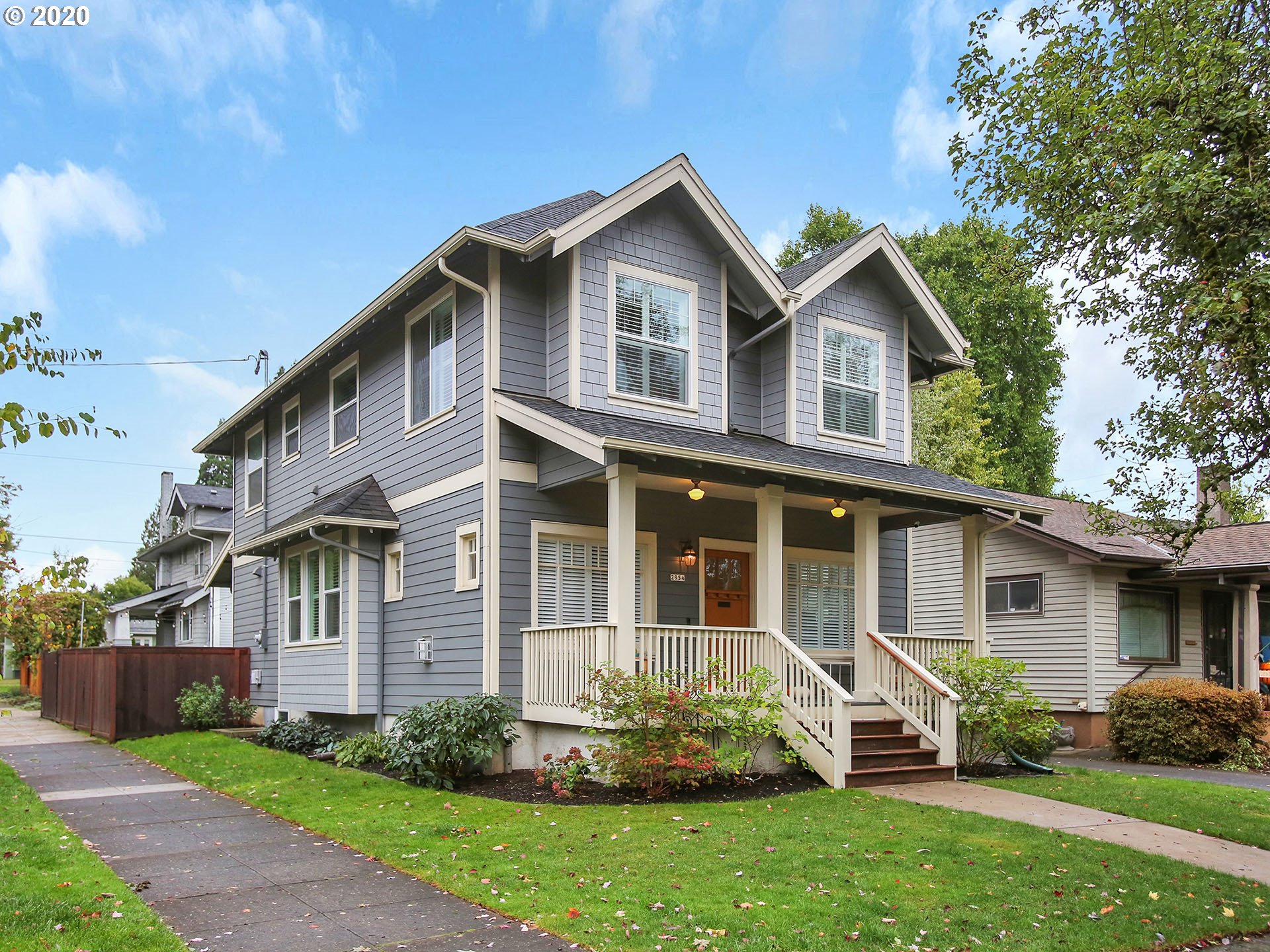 Beautifully rebuilt 4 bedroom, 2.5 bath Grant Park home, featuring an open concept main living, dining, family room, & gourmet kitchen w/ eat-in island.  Upstairs, 3 beds, laundry,  & two full baths, including the prime bedroom with tile & glass en suite & walk-in closet. Covered patio plumbed for gas heaters & large enough to enjoy a year-round social distance. Ultra energy efficient, great schools, nearby park, & proximity to shopping & amenities. See offer deadline. [Home Energy Score = 8. HES Report at https://rpt.greenbuildingregistry.com/hes/OR10187379]