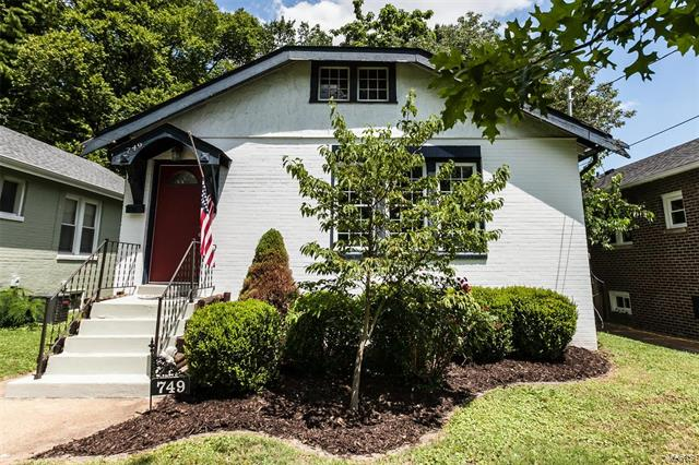 749 Yale Avenue, Webster Groves, MO 63119