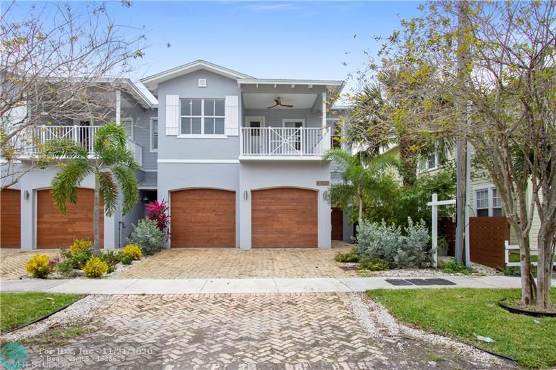 Located in desirable sailboat bend, walking distance to Las Olas, Riverwalk and Broward Center for the Performing Arts. Walk in closets, high ceilings throughout, marble floors, 2 car garage, large terraces and a private pool. Financing Available.