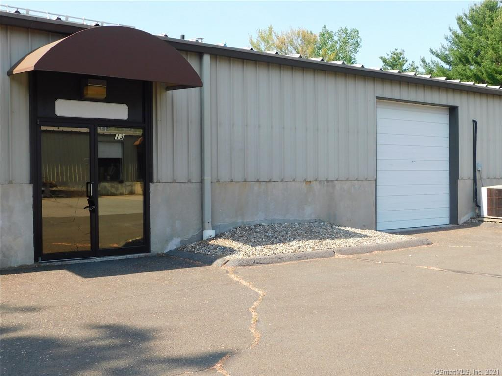 PRIME INDUSTRIAL CONDO PARK UNIT AVAILABLE FOR LEASE. 1380 SQ FT, GRADE LEVEL 10 FT OVERHEAD DOOR, OFFICE SPACE IN UNIT WITH DESK AND CABINETRY WORK SPACE,  1 PRIVATE RESTROOM.  HIGH TRAFFIC AREA WITH EASY ACCESS TO INTERSTATE 91 NORTH AND SOUTH ALSO TO RTE 5.   NEW FURNACE WAS INSTALLED IN WINTER 2021. TENANT IS RESPONSIBLE FOR RENT, ALL UTILITIES, TRASH, CREDIT CHECK AND INSURANCE. THIS IS A GREAT SPACE FOR ALL TYPES OF CONTRACTORS, ADDITIONAL STORAGE TO CLEAN OUT YOUR HOME OR THE PERSON WHO HAS A HOBBY AND NEED A PLACE TO CALL THEIR OWN.