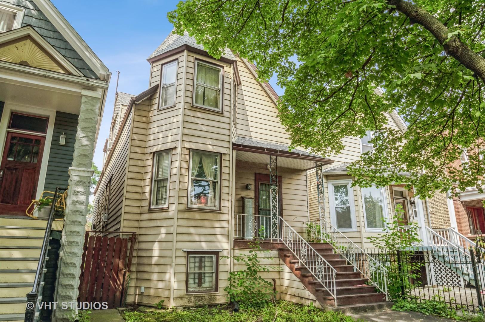 2450 N Monticello Avenue, Chicago, IL 60647