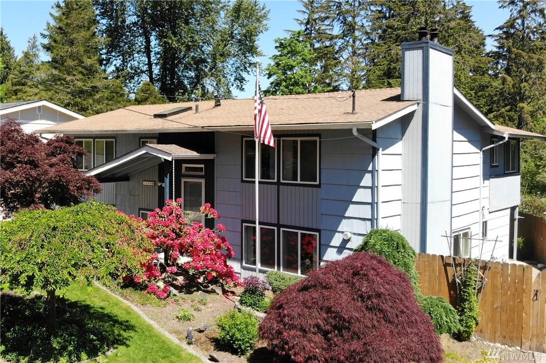 1208 151st Ave SE, Bellevue, WA 98007
