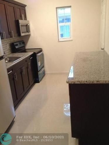 A 2 bedroom /1 bath rental unit.  This unit has a beautifully updated kitchen with granite counter tops and plenty of storage space.  Washer and Dryer available. 2 parking spaces, renter pays electric and water. Fenced Yard for privacy.  Available for July 1st. Tenant occupied.  Section 8 is okay. No HOA.
