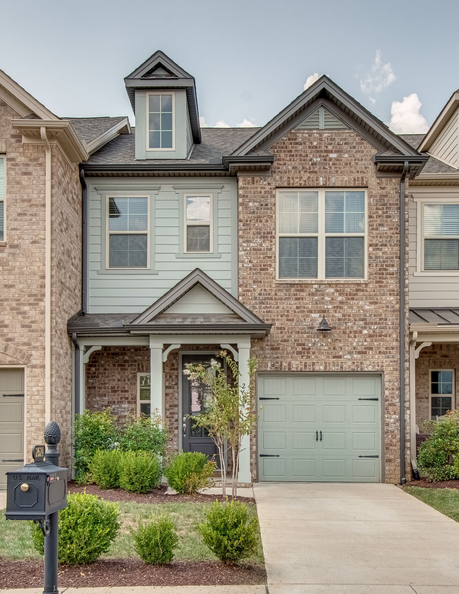 Beautiful open floor plan townhome! Upgraded hardwood throughout main floor, on stairs and in upstairs hallway, upgraded granite in kitchen and marble countertops in primary bath, upgraded carpet and carpet pads, upgraded primary shower, vaulted ceiling in primary bedroom, and extended back patio. You will fall in love as soon as you set foot in the door!