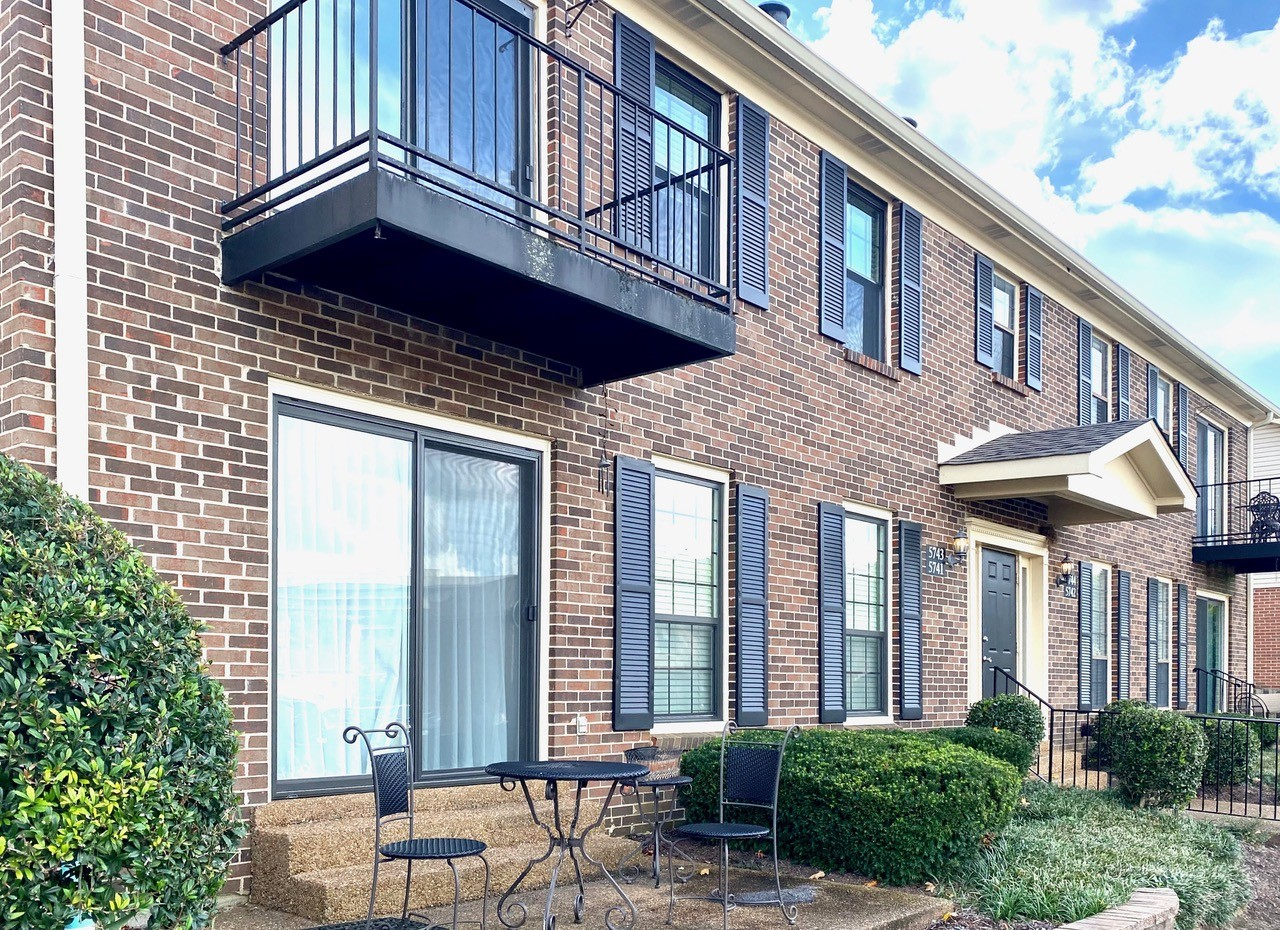 A totally ready to move into condo - new flooring, all new appliances, paint recently newer HVAC, Water Heater and windows