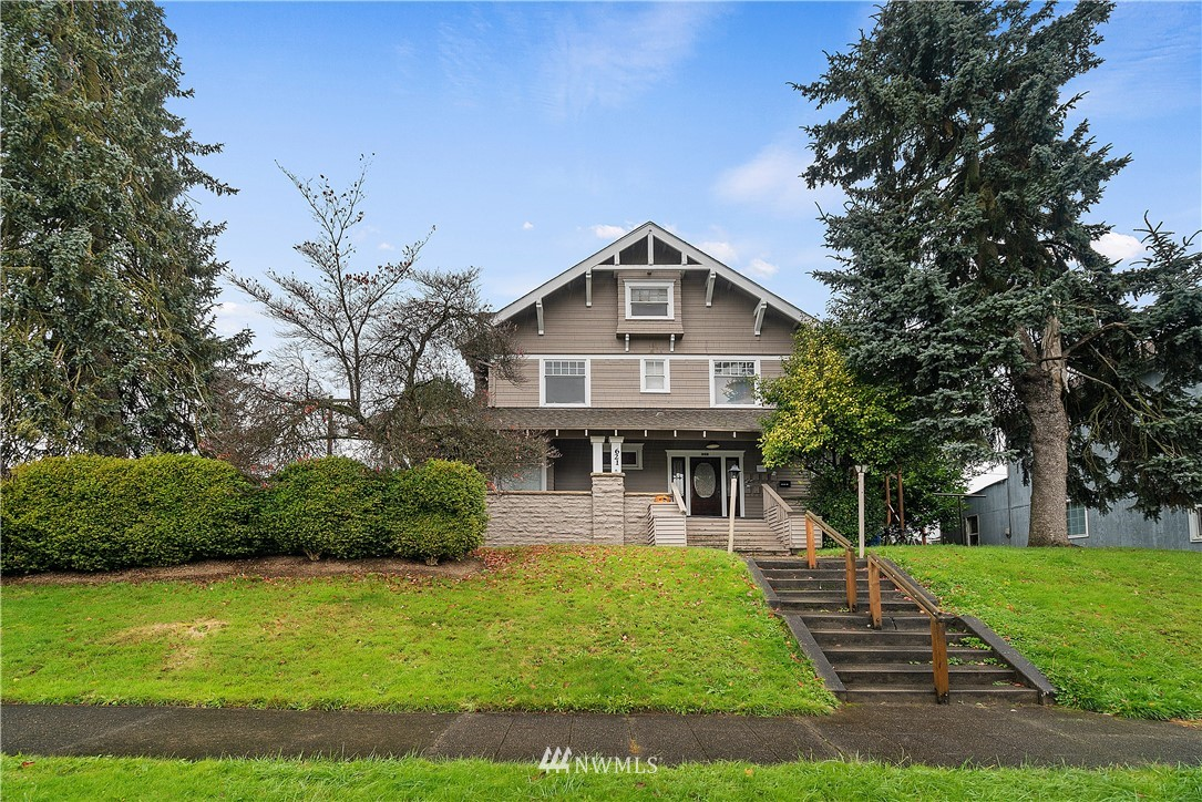Attention investors! This high performing 9-unit apartment complex near downtown Chehalis is the perfect property to add to your portfolio! Current rents are at $5250/month with pro-forma rents at $5725 (giving you a 8.9% cap rate). Well maintained property featuring ornate common areas, (2) 1-bedroom & 1 BA units, (5) studio apartments with 1 BA and (2) studio apartments that share 1 BA. All units have full kitchens. 3 units on each floor plus W/D hookups and storage lockers in basement.