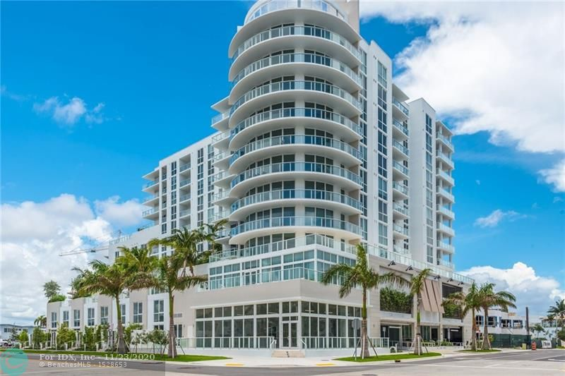 Stunning  intracoastal views  from this  beautifully decorated  unit.  Luxuriously designed by Steven G., this condo will satisfy even the most demanding customer.  Never lived in pristine condo- new construction with world  class  amenities.  The Gale allows renting daily, weekly or monthly, and this  unit will be ready for the hotel rental  program  when the  hotel  opens  soon.   South Beach  style and class, Valet garage  parking  and  steps to  Ft Lauderdale  beach. Dont miss  it!!!