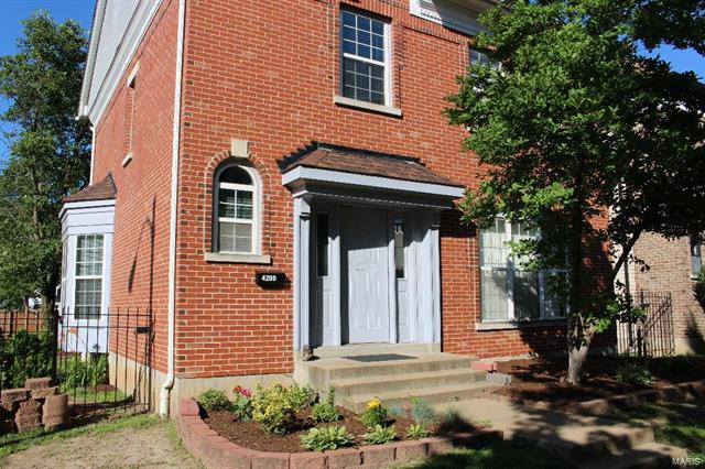 4200 Westminster Pl, St Louis, MO 63108