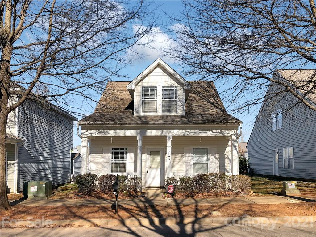 Gorgeous 3 bedroom 2 bath home right in the heart of Huntersville.  This home features new flooring throughout.  There are two bedrooms on the main floor with a full bathroom and the spacious master is upstairs featuring a sitting area, full walk in closet and en suite bathroom with garden tub.  The home is conveniently located minutes from Novant hospital, shopping, dining, 77 and everything that Lake Norman has to offer.  Don't wait, this home won't last long.  Schedule your showing today!
