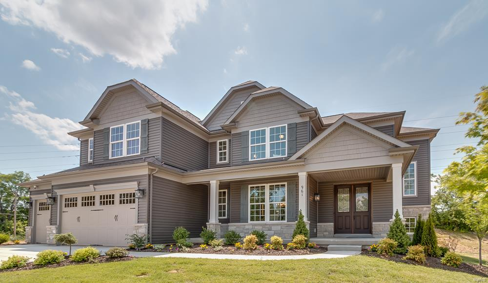 907 Thorn Crown Court, Kirkwood, MO 63122