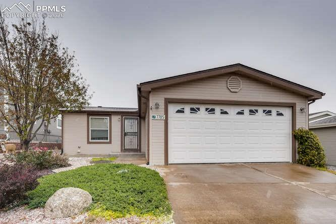Cozy rancher in Antelope Ridge with a southern facing front in a cul-de-sac.  Home has wood laminate throughout, attached 2 car garage, central air, large backyard with auto sprinkler, 12 x 12 deck, and maintenance free front yard.