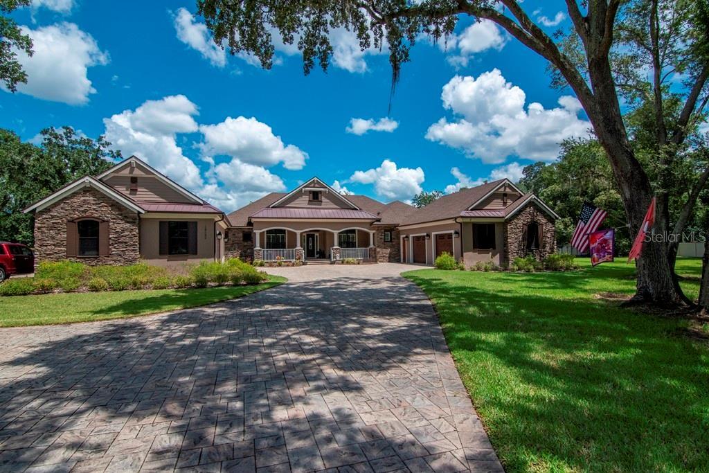 13532 Bay Lake Lane, Tampa, FL 33618