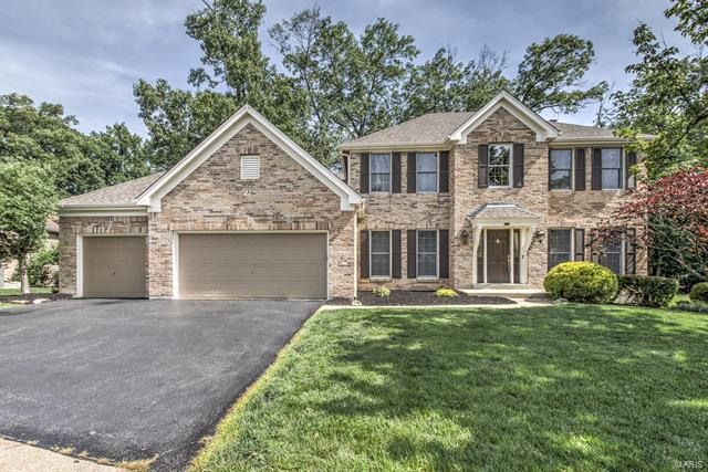 2115 Oak Crest Manor Lane, Wildwood, MO 63011