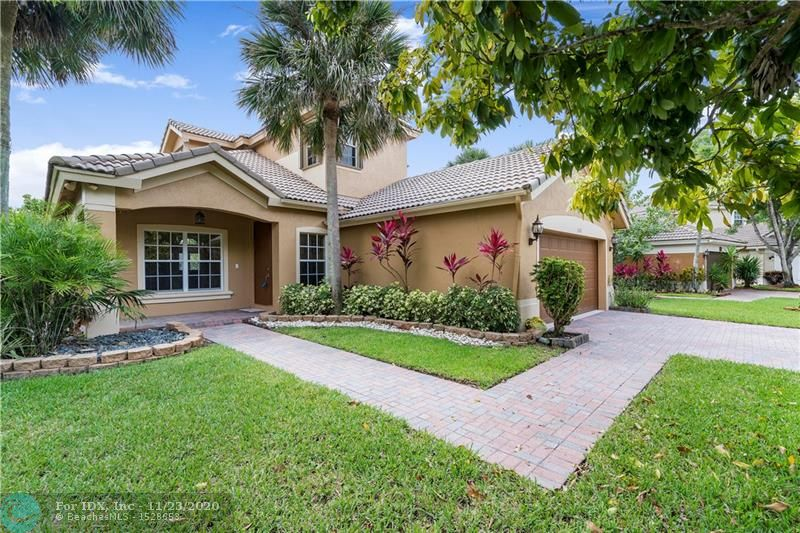 **WONDERFUL 4 BEDROOMS + OVER-SIZED LOFT AREA & 3 FULL BATHROOMS ON WATER IN BEAUTIFUL 24-HOUR MAN-GATED PARKLAND ISLES, DESIRABLE ISLAMORDA MODEL!!** THIS BEAUTIFUL HOME FEATURES THE MASTER BEDROOM DOWNSTAIRS ALONG WITH ANOTHER BEDROOM & FULL BATH -- PERFECT FOR IN-LAWS, OFFICE, OR GUESTS! UPGRADED KITCHEN WITH GRANITE COUNTERS, STAINLESS APPLIANCES, STUNNING WOOD FLOORING IN ALL BEDROOMS, STAIRCASE, & LOFT, NEUTRAL TILE IN LIVING AREAS, 2-CAR GARAGE, 2-ZONE A/C SYSTEM, SPACIOUS MASTER BEDROOM WITH TRAY CEILING & WALK-IN CLOSETS, 2 BEDROOMS, FULL BATH, & LOFT UPSTAIRS -- A GREAT PLAY AREA FOR THE KIDS! ACCORDION HURRICANE SHUTTERS ON UPPER LEVEL & EXTERIOR OF HOME FRESHLY PAINTED IN 2018! RESORT-STYLE CLUBHOUSE, POOL, TENNIS COURTS, & MORE! WALK TO A-RATED SCHOOLS & LOW MONTHLY HOA DUES!!
