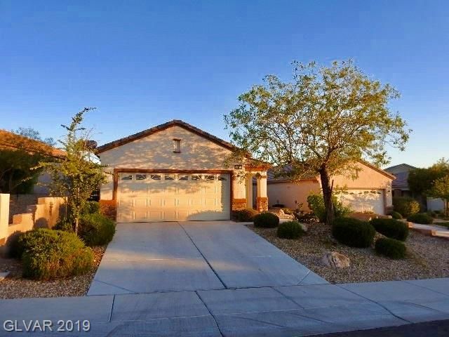 FABULOUS 3 BEDROOM / 2 BATH / 2 CAR GARAGE  SINGLE STORY HOME LOCATED IN SOLERA AT ANTHEM IN HENDERSON. BEAUTIFUL OPEN FLOOR PLAN WITH LAMINATE FLOORING, BEAUTIFUL KITCHEN WITH STAINLESS STEEL APPLIANCES. HOME IS LOCATED IN A CUL-DE-SAC. COMMUNITY POOL, CLUB HOUSE AND SEVERAL OTHER AMENITIES.