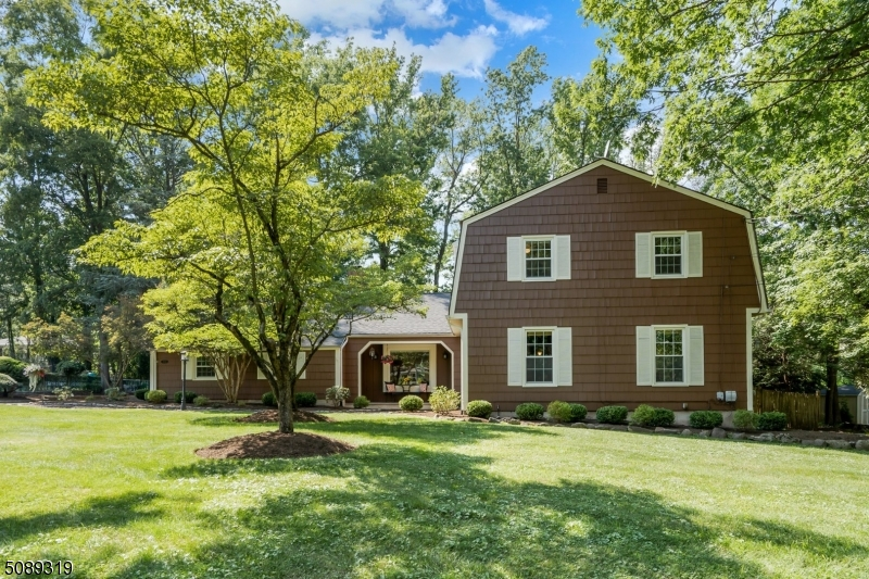 STUNNING 4 bdrm/3.1bth Colonial home set on .89 acre in a highly coveted loc in Scotch Plains. Painted w/a neutral color palette & hdwd flrs makes this home move-in cond! Great rm boasts high ceilings & lrg wbfp. GOURMET EIK w/SS appl & granite cntps leads to the Dining Rm w/lrg accent windows. Billiards Rm w/wbfp & exquisite wood mantle, wainscoting & built-in bookshelves. Sep HOME OFFICE looks over the front yard. Pwdr Rm & Ldry/Mud Rm complete the first level. Sec level is home to 4 lrg Bdrms, two full Bths. New Primary Bthrm w/deep tub & rain shwr. Fin Bsmt provides addl living space & has excellent storage solutions & a full Bth. Step outside to the enormous patio & beaut backyard retreat w/rm for a POOL making this the PERFECT home for you! Close to sch, town, parks, shppng & NYC trans!