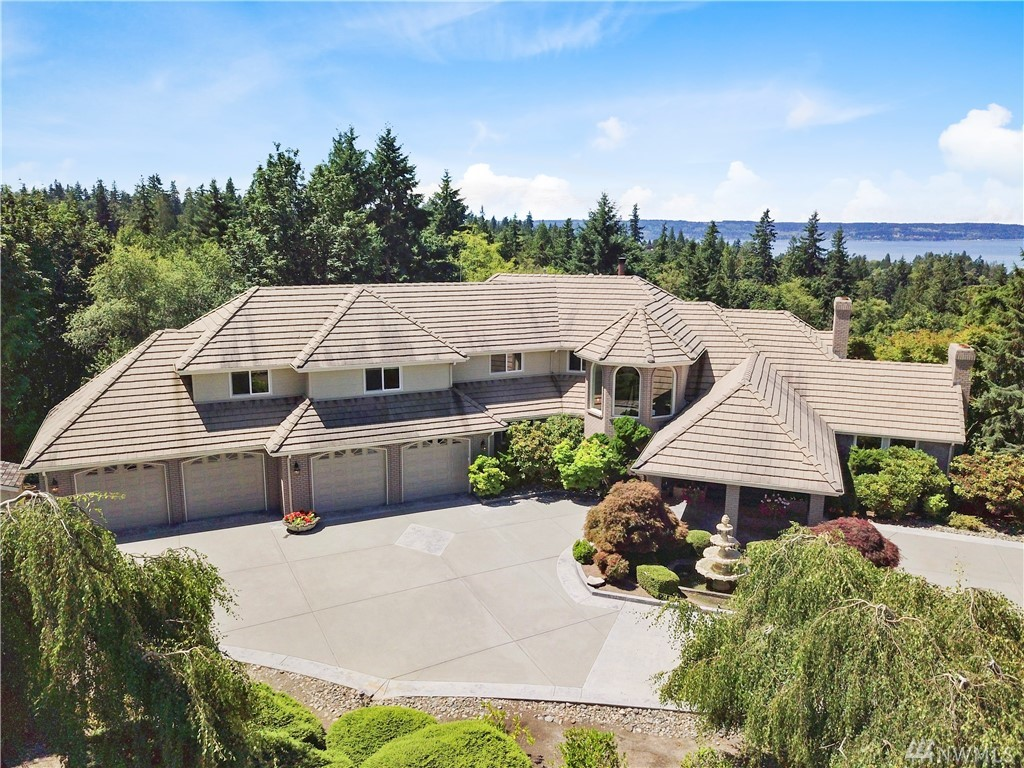 5116 Harbor Lane, Everett, WA 98203