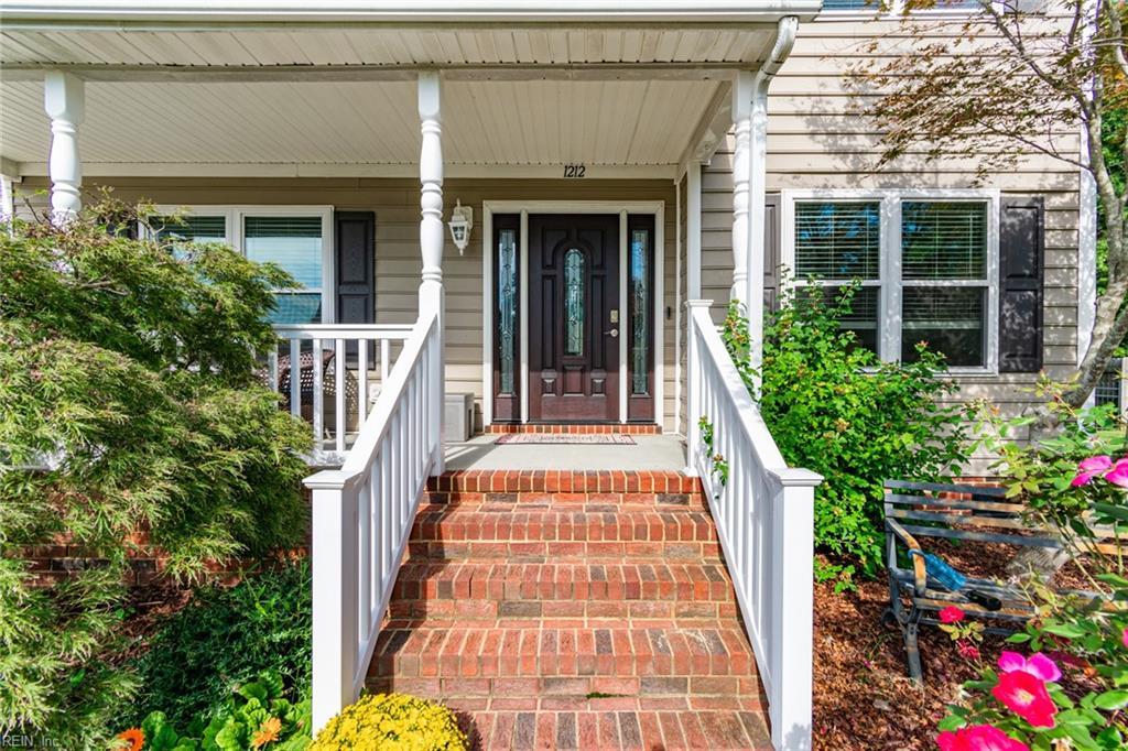 1212 Dominion Lakes Court, Chesapeake, VA 23320