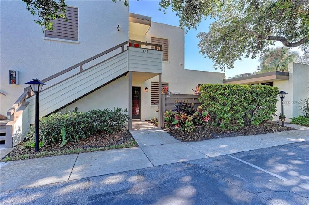 104 Tidewater Drive 104, Bradenton, FL 34210