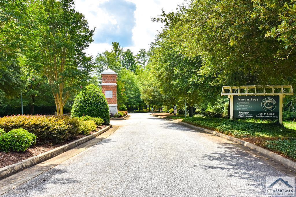 8 Royal Oak Drive
