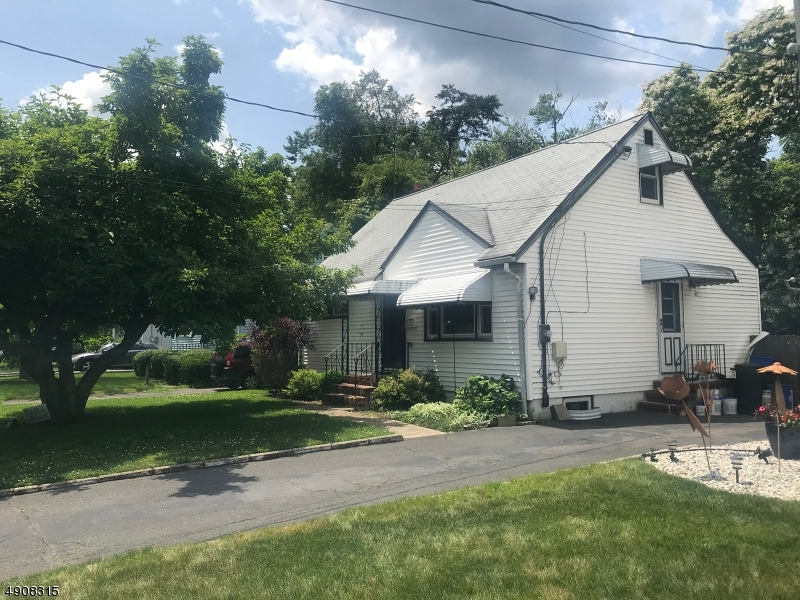837 VOORHEES AVE, Middlesex Boro, NJ 08846