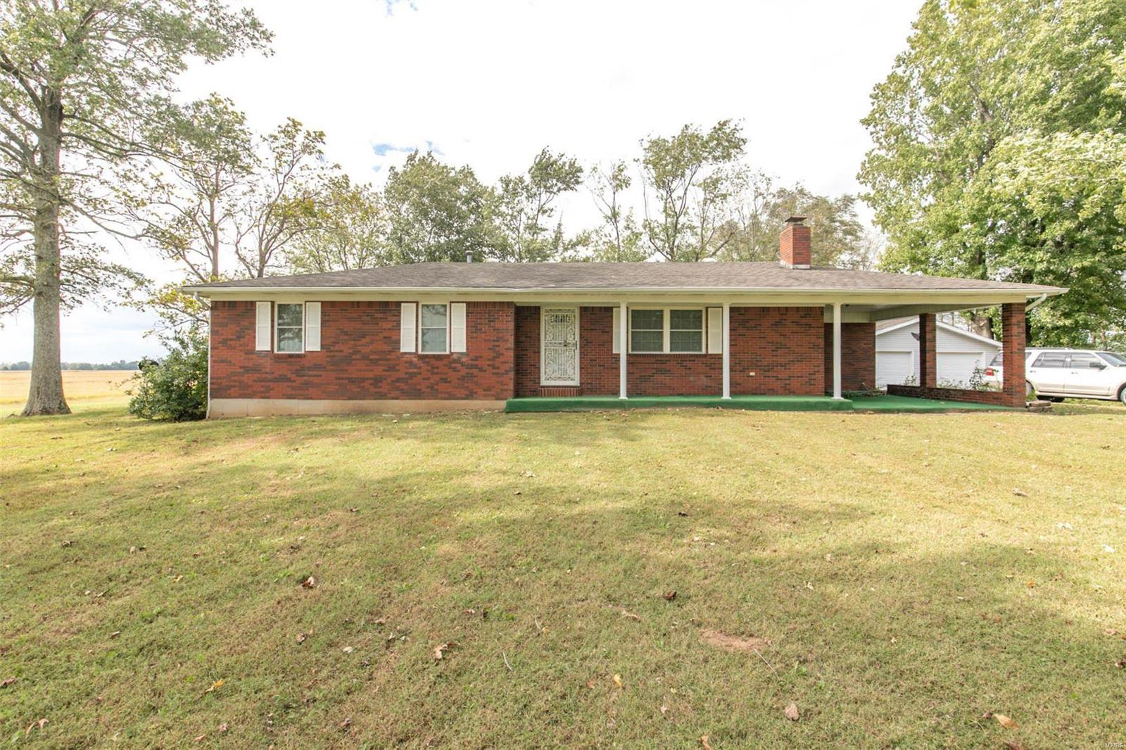 5237 County Road 355, Neelyville, MO 63954