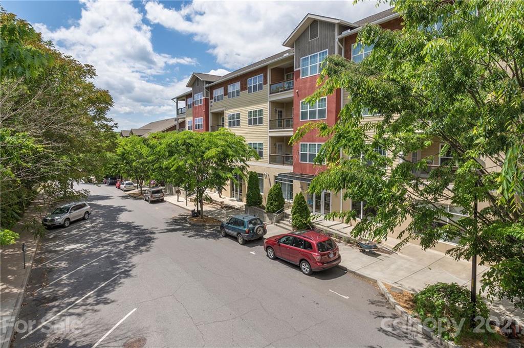 155 Lexington Avenue 305B, Asheville, NC 28801