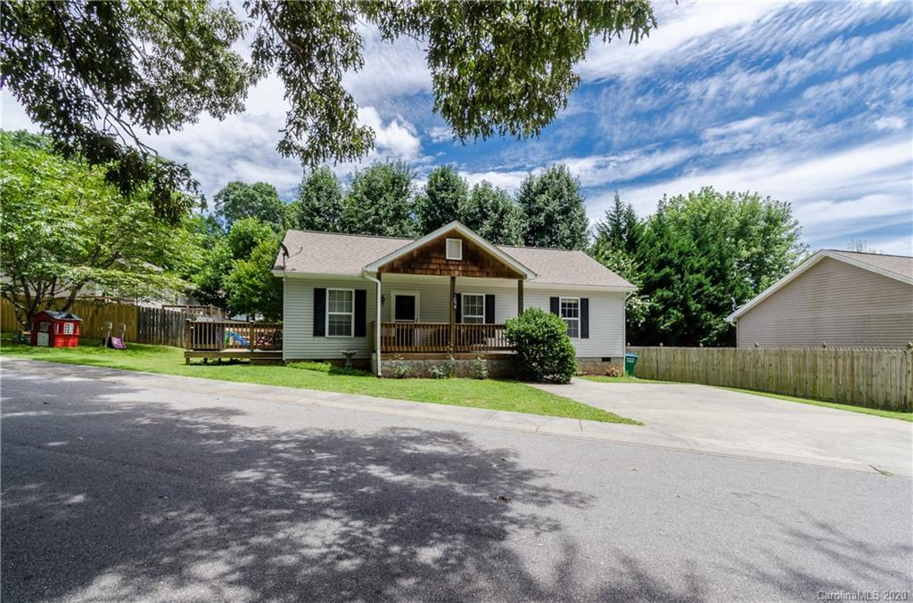 Welcome to Addison Creek. This home is a 3 bedroom 2 bath home that is only minutes from the I-26, 20 minutes from both Hendersonville and Asheville. Enjoy this one level living with low maintenance. Sellers are offering 5,000 paint and floor allowance.