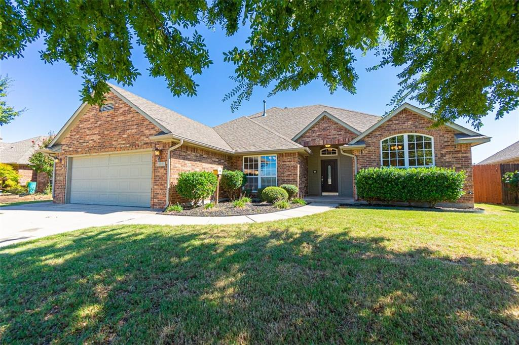 Don't miss out on this beautiful and functional home in an amazing neighborhood. Easy access to Hwy 9, OU campus and I-35. Neighborhood has community pool and clubhouse, walking trails and ponds. 3 bed, 2 bath, 2 car built in 2005. Large master with walk-in closet, double sinks, jetta tub and shower. Formal dining room and beautiful fireplace with mantle in living room, over-sized 2 car garage.  Easy access to HWY 9 and University of Oklahoma campus.