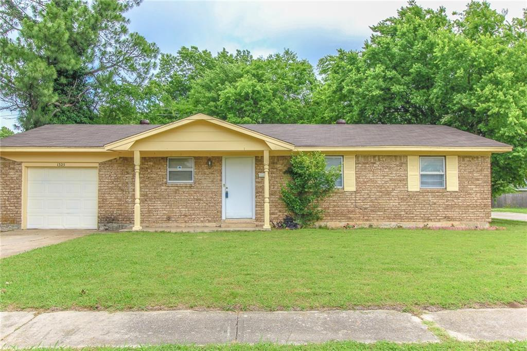 If you are looking for a 4 bedroom home close to campus this is a must see!  Great layout, large living room, eat-in kitchen.  New flooring.  New roof.   Nice sized yard with mature trees.   Close to neighborhood schools, shopping, and restaurants.  Pictures coming soon.
