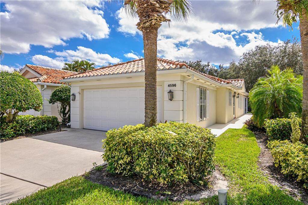 4596 Pasadena Ct, Naples, FL 34109
