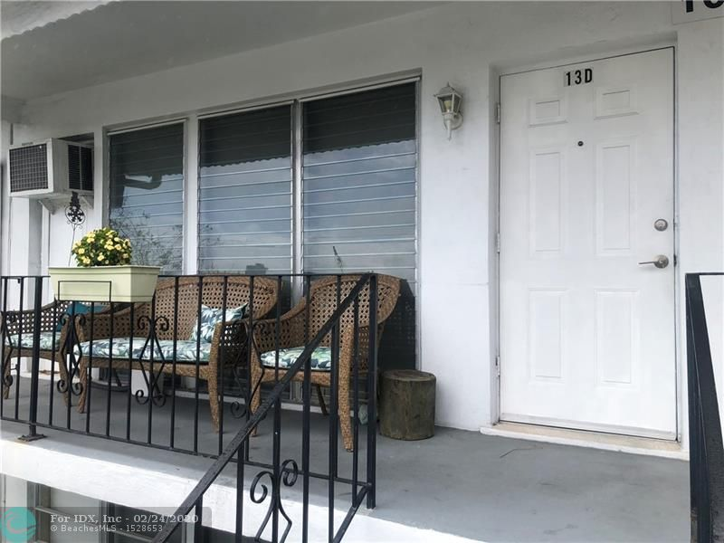 2/1 Corner unit located off 15th Street East of US1. Updated kitchen and floors. Open balcony and back porch. Private community that offers a private pool, bar-b-q area, and recreational facilities. Great location near beach, shopping centers, and restaurants. The building is a co-op and HOPA verified.