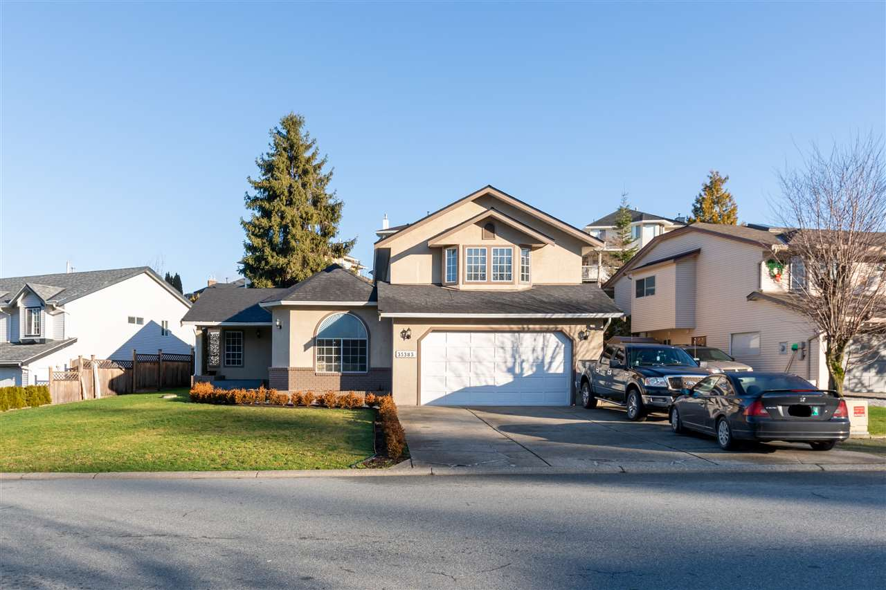 Prime East Abbotsford Sandy Hill location - families welcome! 2 Storey home boasting 2,325 Sq Ft with 4 Bedrooms + Den and 3 Bathrooms on a 6,534 Sq Ft lot. Extremely well maintained throughout with a family room and sunken living room on the main connected to the fully renovated kitchen with island, tile floor, shaker style cabinets, quartz countertops, S/S appliances, & updated backsplash. Spacious recreation room with wood burning fireplace - could be used as a games room & also den as a 5th bedroom or office. Updated bathrooms, newer paint, flooring, and roof as well. Fully usable yard with covered patio area off the dining room. Bedrooms are located upstairs and the Master has it's own ensuite bathroom. Double garage and lots of parking. Close to all levels of schools and also parks!