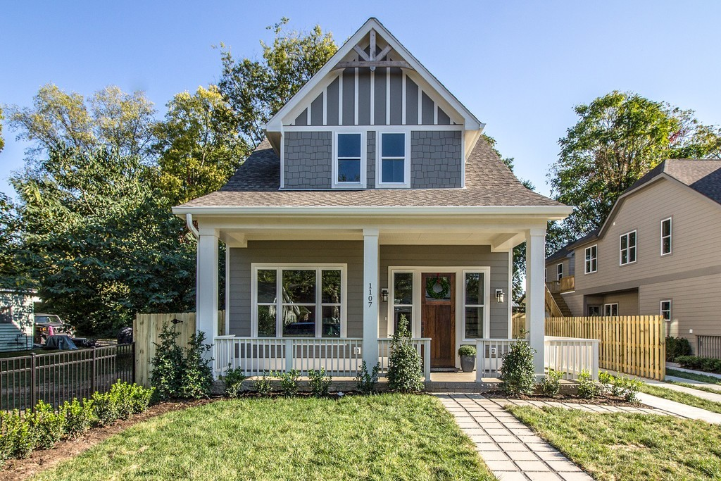 AMAZING home finished in 2017! Walk to Historic Downtown Franklin, just a block or so from Main St. Master Suite on first level, 2 BR up, and finished bonus, Hardwoods, all appliances, 3.5 Bath- PLUS 2 car garage!  As a huge bonus, separate FINISHED office space or in-law suite. Upper level deck for entertaining.
