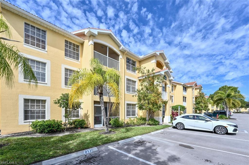 4635 Saint Croix Ln 1233, Naples, FL 34109