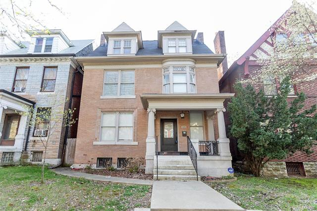 4606 Westminster Place, St Louis, MO 63108