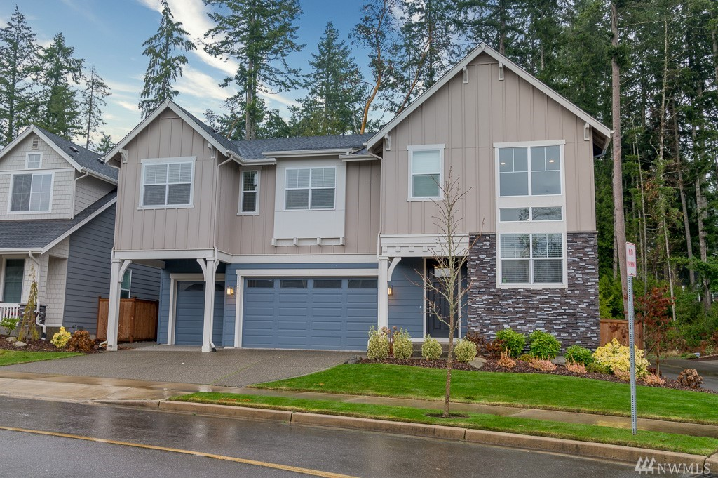 Celebrate the New Year in this pristine & move-in ready Gig Harbor home! Stunning open floor plan includes great room w/gas fireplace, gourmet chef's kitchen w/gas range, ss appliances, massive center island & all the cabinet space you dream of! Other features include 4 bedrooms upstairs including Master w/spa-like bath & walk-in closet, 3.5 baths, oversized loft & 3-car attached garage! All situated on a modest corner lot in a secluded community close to all the Gig Harbor amenities you need!