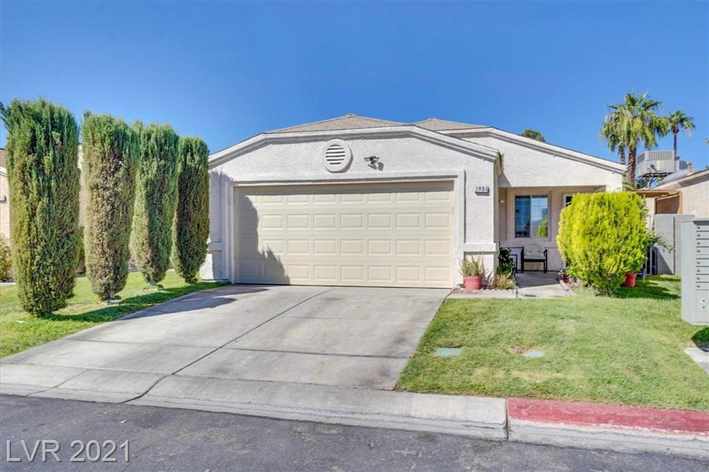 This charming 3 bedroom 2 full bath single.  Great layout,open floor plan. Vaulted ceilings give the home a nice airy & spacious feel. Generous sized backyard with mature fruit trees and 2 car garage.  All appliances are less than a year old. Master bedroom offers a large 10x11 walk-in closet.